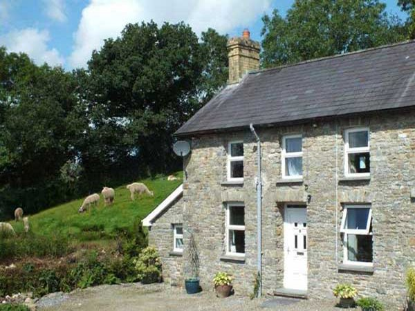 Llwyn Holiday Cottages