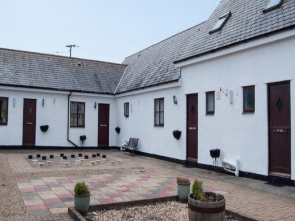 Ty Cristion Holiday Cottages